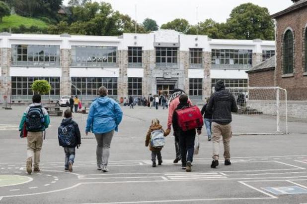 """167 élèves encore """"sans école"""", dont 133 à Bruxelles, jeudi"""