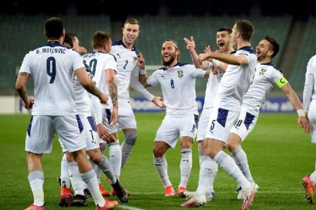 Topschutter Mitrovic schenkt Servië de zege in Azerbeidzjan