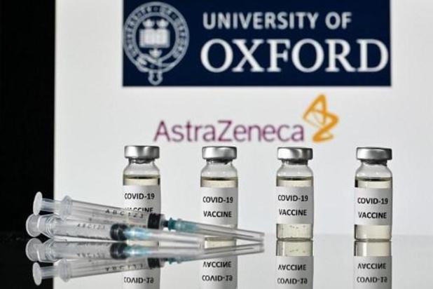 Britse dialysepatiënt krijgt als eerste vaccin van AstraZeneca en Oxford toegediend