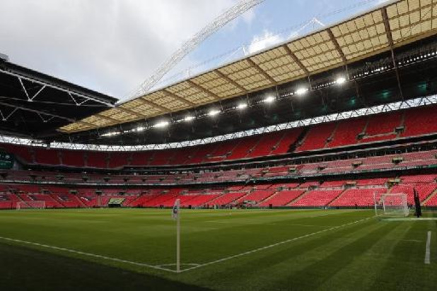 Doutes sur l'accueil de public à Dublin, l'UEFA donne un nouveau délai