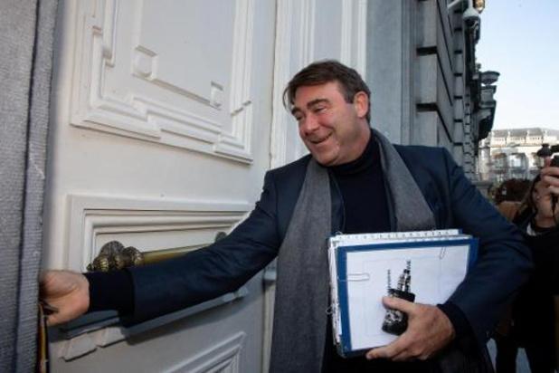 """Denis Ducarme rejette les """"consignes de vote"""", GLB assure """"venir de la base"""""""