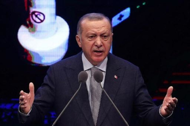 Erdogan bevestigt grens met Europa open te laten, minstens 13.000 migranten staan aan Grieks-Turkse grens