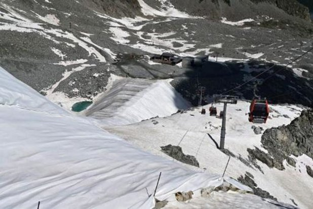 Les Italiens invités à renoncer aux vacances au ski