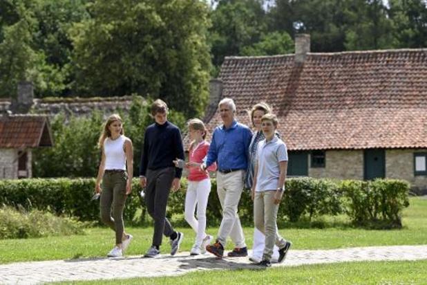 Koninklijk gezin bezoekt Bokrijk