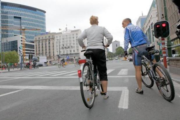 De réelles avancées pour le vélo mais peu de choses pour réduire la pression automobile