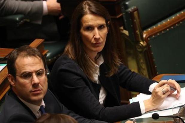 """Le gouvernement fournira """"l'assistance"""" nécessaire pour créer le fonds blouses blanches"""