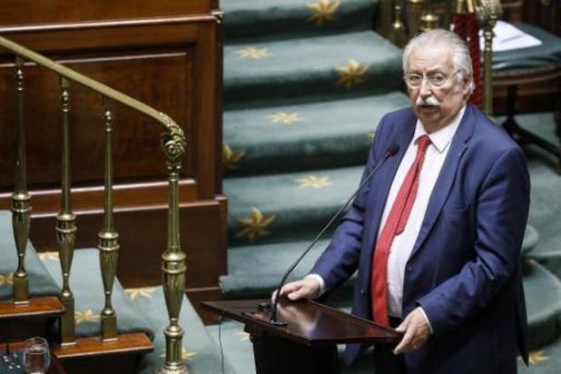 André Flahaut (PS) wil Hitlergroet formeel verbieden