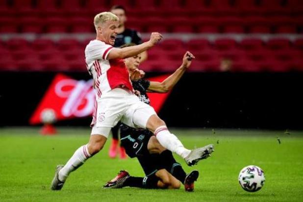 Premier League - Van de Beek verlaat Ajax voor Manchester United