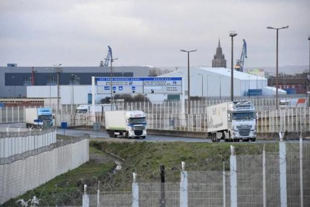 Nog minder dan 200 vrachtwagens vast in Groot-Brittannië