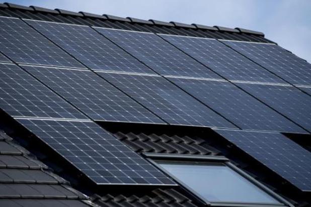 Terugdraaiende teller - Elia wil eigenaars zonnepanelen stroom laten delen met derden