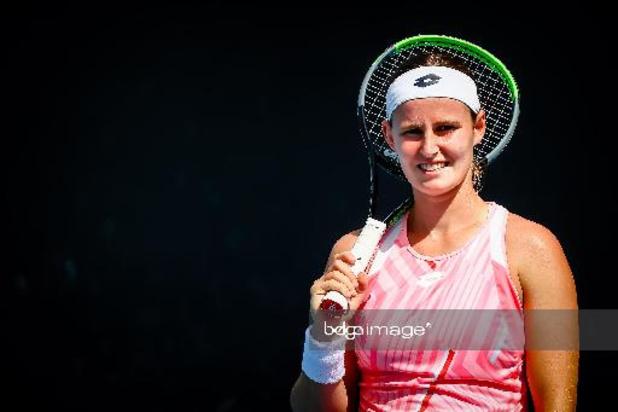 WTA Monterrey - Minnen ne se sent pas bien et se retire en double alors qu'elle menait
