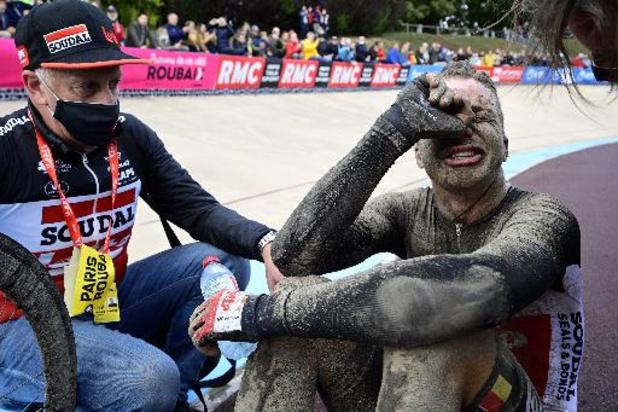 """Parijs-Roubaix - Vermeersch trots en ontgoocheld na tweede plek: """"Echt zuur om zo te verliezen"""""""