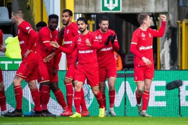 Tienkoppig Antwerp is Cercle Brugge de baas