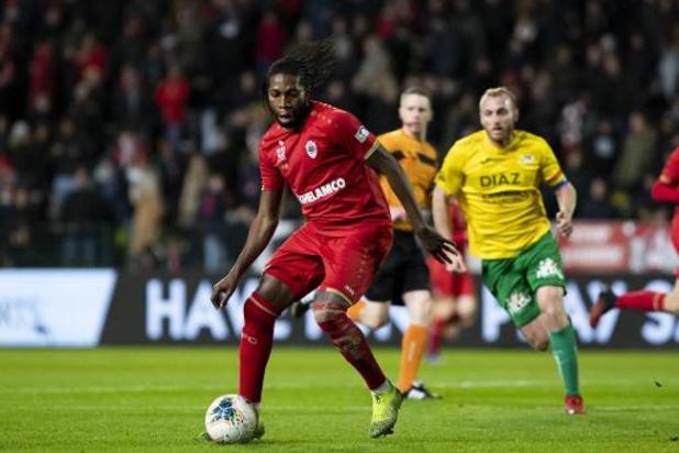 Dieumerci Mbokani prolonge à l'Antwerp pour une saison