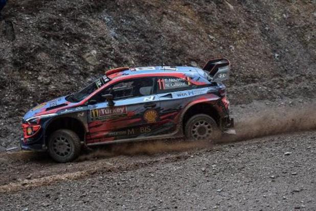 WRC - Sortie de route pour Thierry Neuville, qui perd quatre minutes et ses chances de victoire