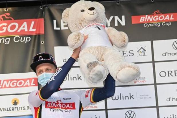 Tim Merlier (Alpecin-Fenix) gagne au sprint la première classique wallone
