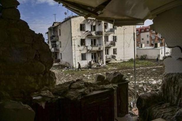Azerbeidzjan naar Genève voor overleg - Stepanakert weer gebombardeerd