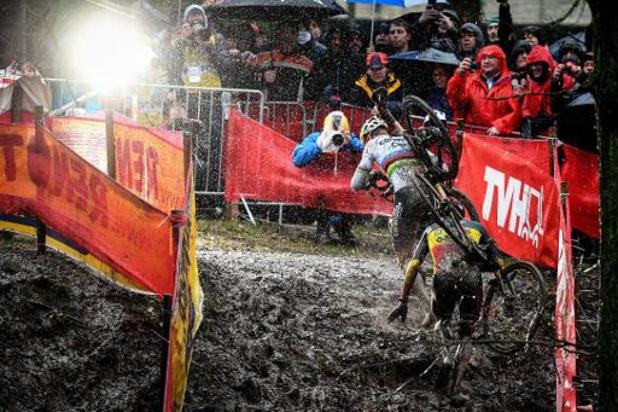 """Coupe du monde de cyclocross - Mathieu van der Poel vainqueur à Namur: """"Une belle victoire dans un froid incroyable"""""""