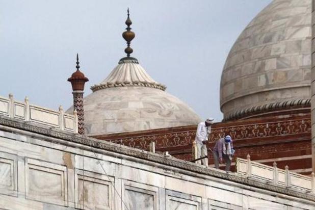 Taj Mahal beschadigd door zware onweders
