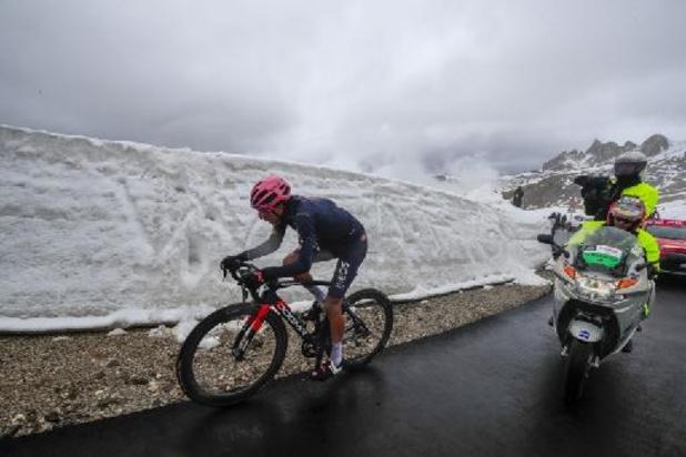 Giro: Renners wacht nieuwe beproeving bergop