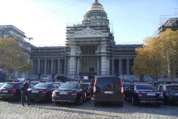 Man steekt zichzelf in brand aan Brussels justitiepaleis
