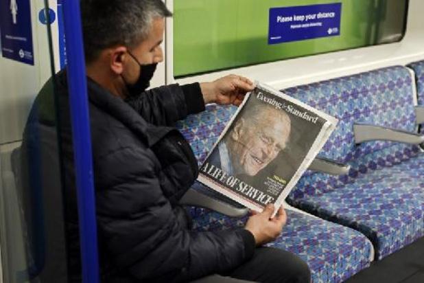 """Britse prins Philip overleden - Britse pers eert """"ontembare"""" prins Philip"""