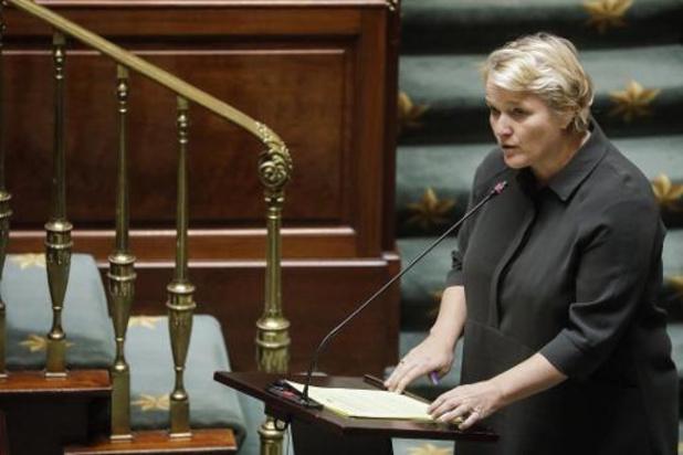 Muylle wil ook voor technisch werkloze vrouwen gelijke moederschapsrust