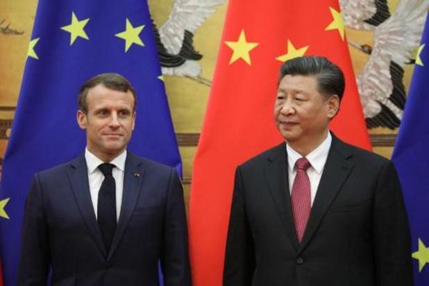 """Macron et Xi réaffirment leur soutien à l'accord """"irréversible"""" de Paris"""