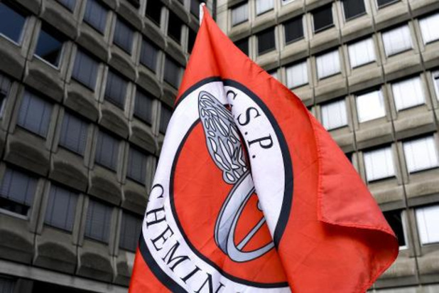 Les syndicats déplorent l'arrêt de la Cour constitutionnelle sur le service garanti