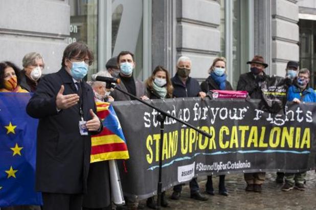 Action au parlement européen à Bruxelles contre la levée d'impunité des exilés catalans