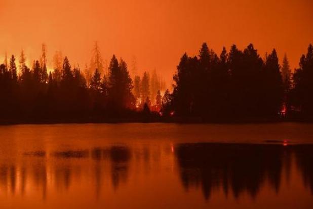 La Californie continue à brûler