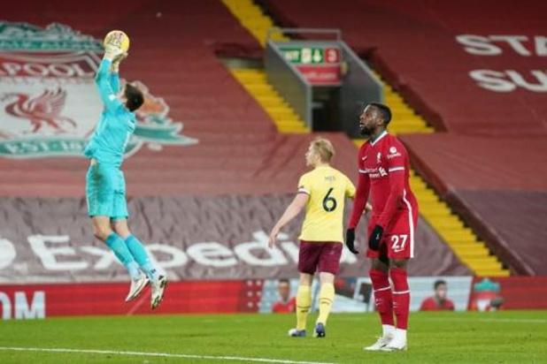 Belgen in het buitenland - Liverpool incasseert tegen Burnley eerste thuisnederlaag sinds april 2017