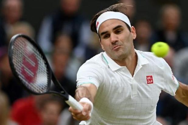 Wimbledon - Roger Federer schaart zich zonder problemen bij de laatste acht