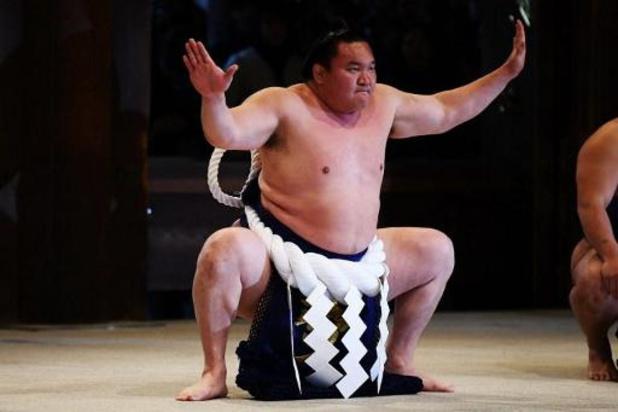 Grootste Japanse sumokampioen test positief