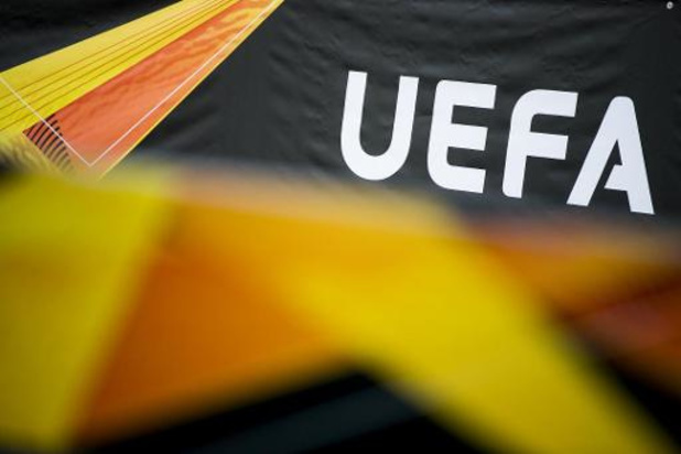 """UEFA schrapt procedure tegen resterende Super League-clubs """"tot nader order"""""""
