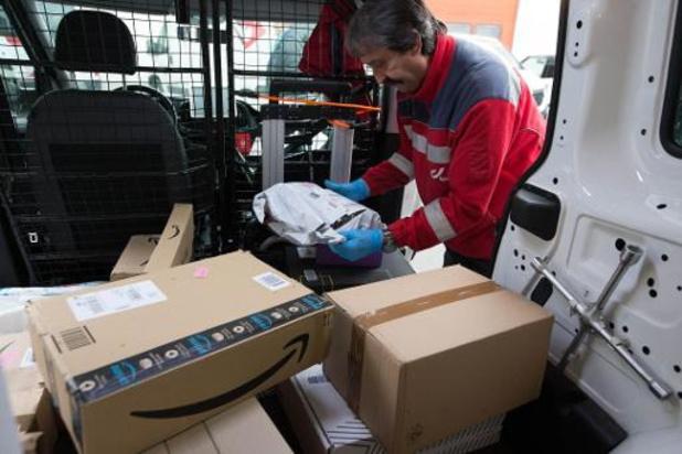 Unizo en NSZ eisen dat bpost extra toeslag op pakjes onmiddellijk intrekt