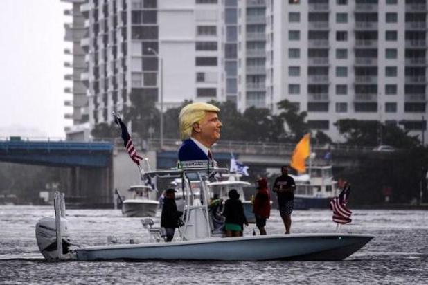 """Trump besmet met corona - """"President kreeg in het Witte Huis zuurstof toegediend"""""""