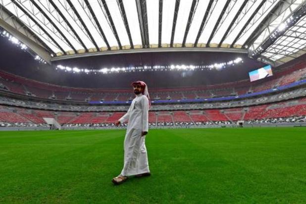 """WK 2022 - """"Arbeidsmigranten aan FIFA-stadion maandenlang niet betaald"""""""