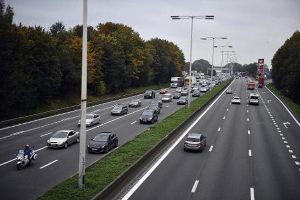 E40 richting Gent vannacht en morgennacht volledig dicht tussen Groot-Bijgaarden en Ternat