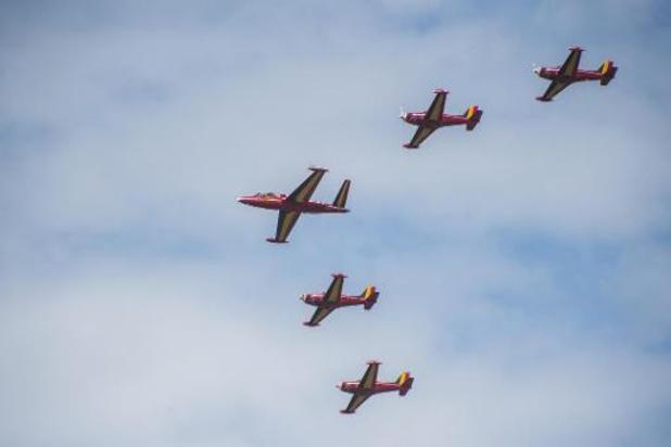 Coronavirus - Eerbetoon Defensie met legervliegtuigen gaat niet door wegens slecht weer