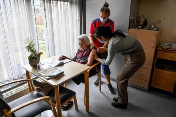 Deze week worden 31.320 coronavaccins toegediend in Vlaamse woonzorgcentra