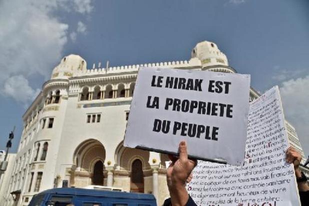 La manifestation du Hirak à nouveau empêchée à Alger