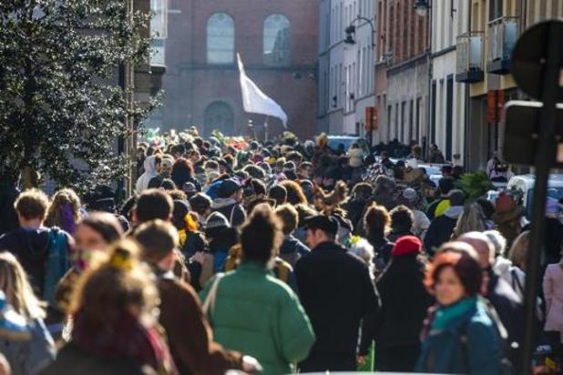 Carnaval non annoncé à Bruxelles: une dizaine de personnes interpellées