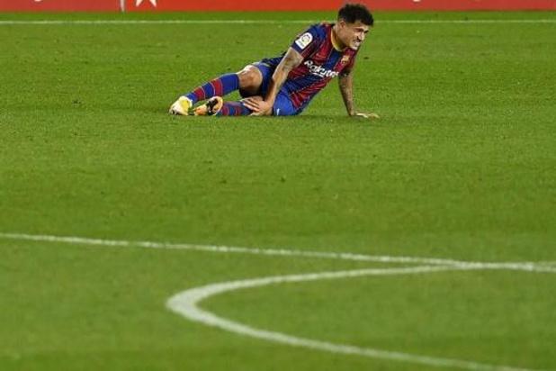 Barcelona moet Coutinho drie maanden missen na knieoperatie