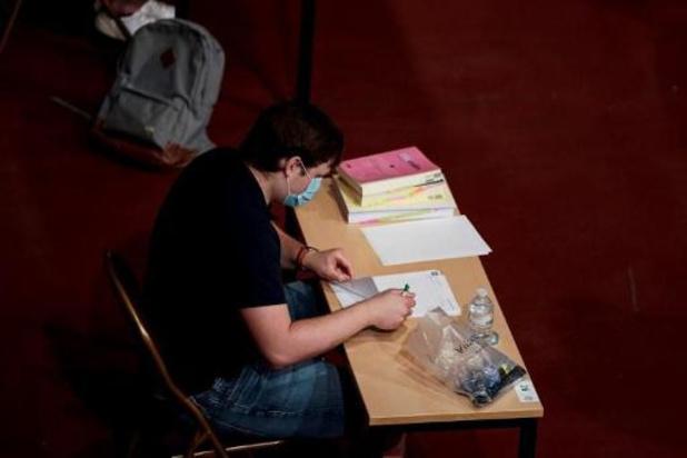 La FEF demande que tous les étudiants puissent se réinscrire l'année académique prochaine