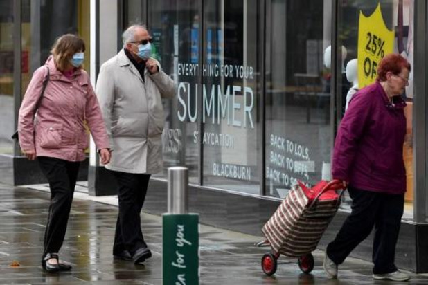 """La Commission met en garde contre le """"cocktail"""" Covid-19 et grippe saisonnière"""