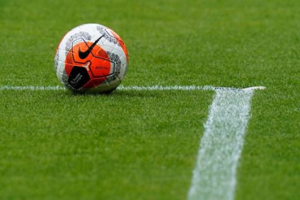Un joueur de Deinze positif au Covid-19, la rencontre face à Zulte Waregem annulée