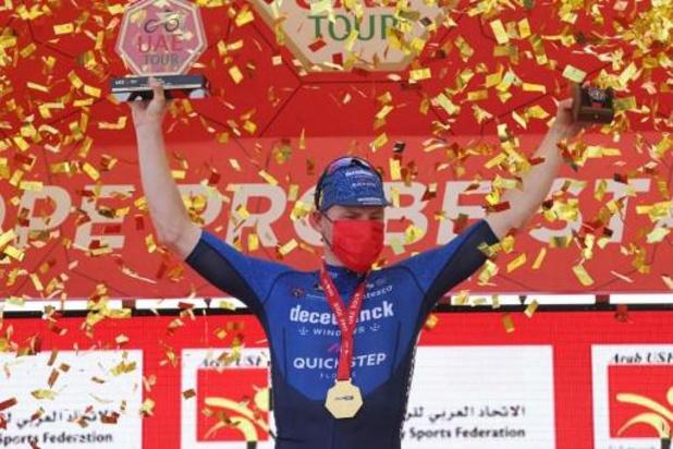Sam Bennett à nouveau le plus rapide au sprint au Tour des Emirats arabes unis