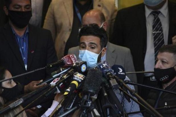 """Arts: """"Maradona blijft in ziekenhuis, is na operatie soms verward"""""""