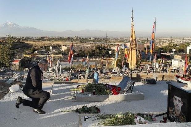 L'Arménie et l'Azerbaïdjan pleurent leurs morts un an après la guerre